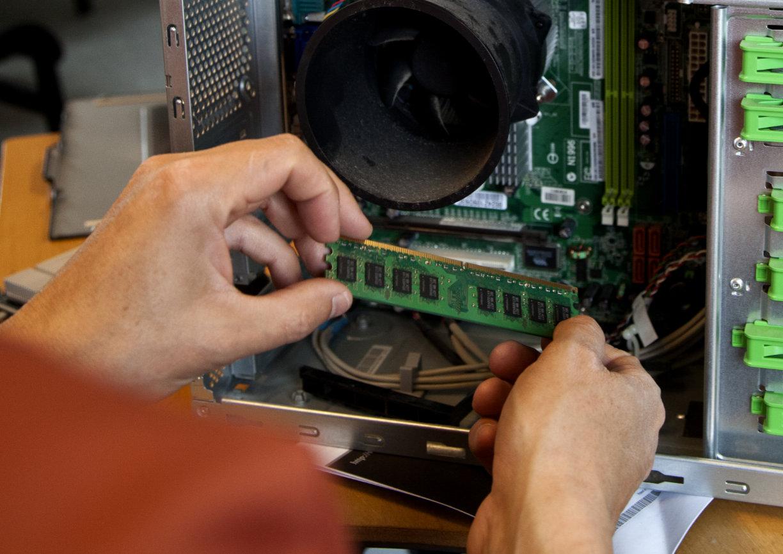 salg af hardware - winoto ApS